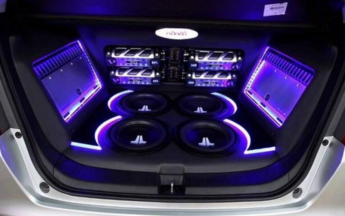 What's Purpose Behind People Putting Audio Systems In The Trunk? | Robert  David Rusconi
